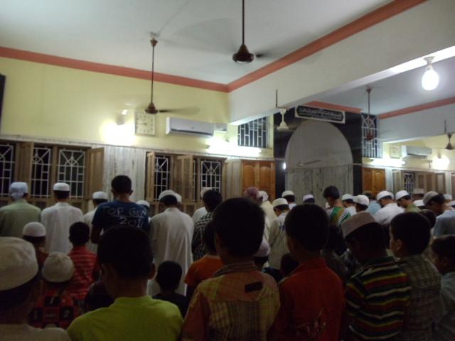 masjide abubakar jamia abad road