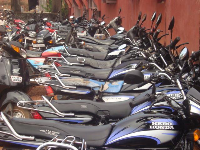 jamia masjid parking